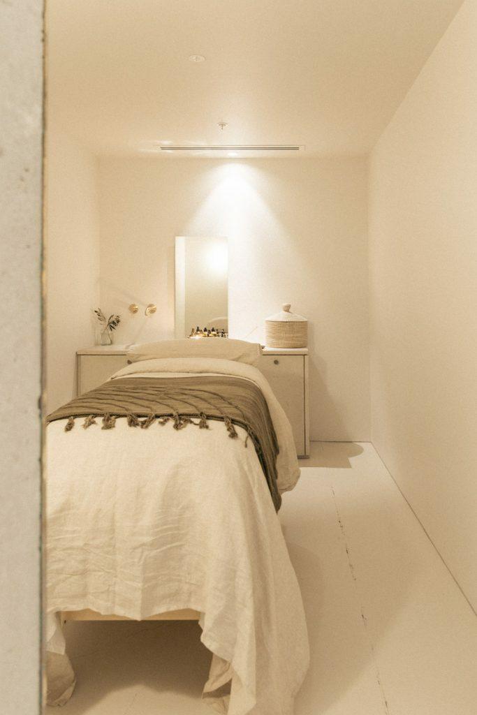 Adytum Sanctum – Massage room